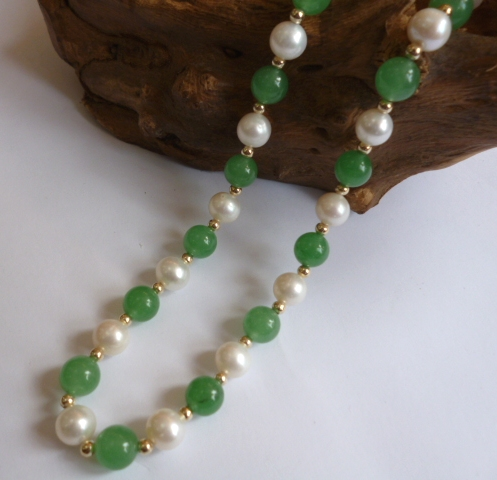 8mm Pearl and Pale Green Jade necklace
