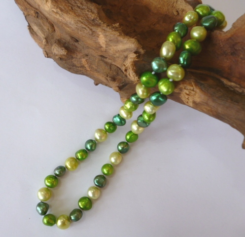 Baroque Pearl Necklace in Shades of Green