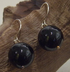 Black agate single-drop ear-rings on Sterling silver hooks.