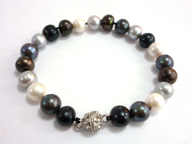 Five Colour Pearl Bracelet