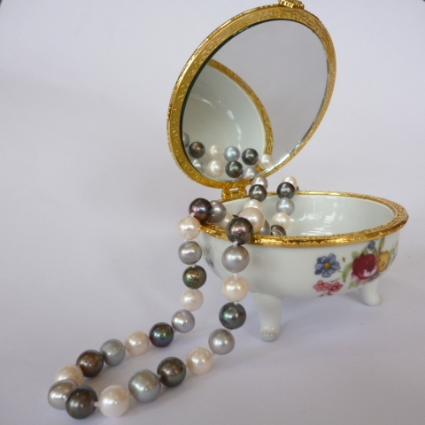 Three Colour Round Pearls with designer clasp.